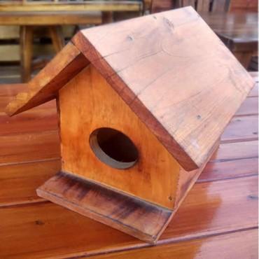 Ahşap Kuş Evi